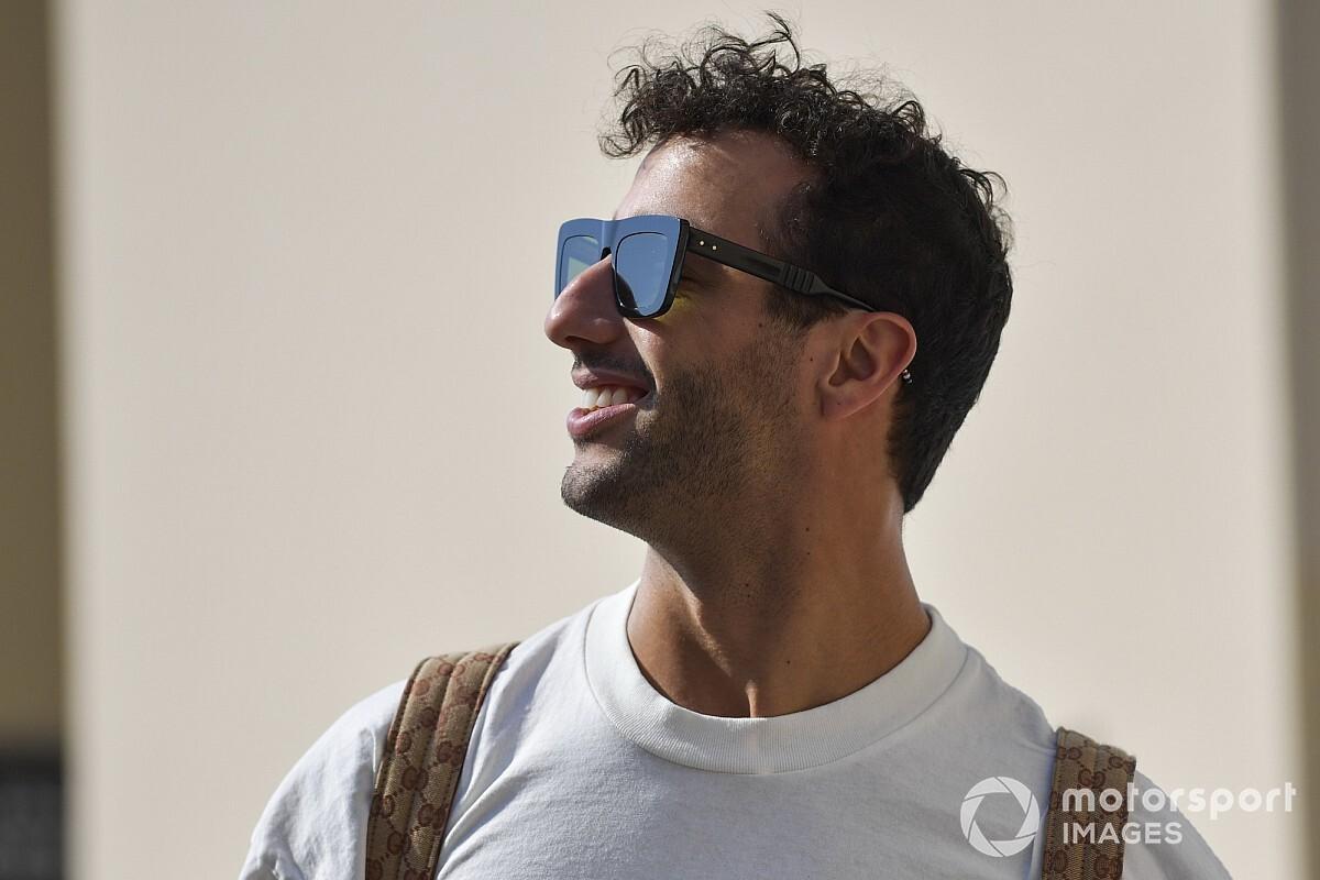 """Óriási: Ricciardo """"Hülkenberg-parókát"""" vett fel Abu Dhabiban"""