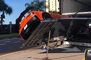 Nem sokon múlt, hogy ne törjön össze egy vadonatúj Corvette ZR1