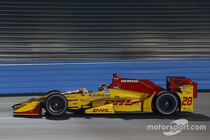 Hunter-Reay tops IndyCar's crash-filled test session