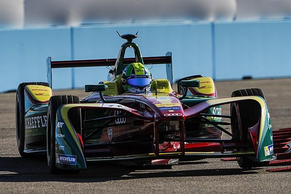 Формула E Ди Грасси выиграл поул с преимуществом в 0,001 секунды