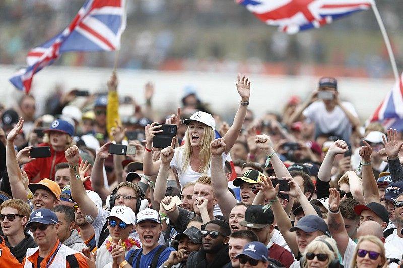 En Inglaterra piden a la F1 posponer la calificación debido al futbol