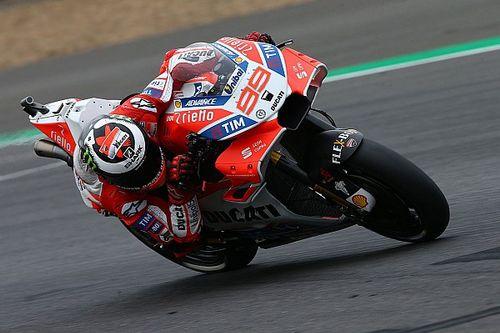 """Lorenzo heeft """"nog lange weg te gaan"""" om zwakheden Ducati weg te werken"""