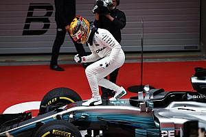 Formel 1 Rennbericht Formel 1 2017 in Shanghai: Lewis Hamilton triumphiert vor Sebastian Vettel