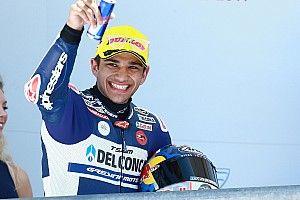 Martin met nieuwe recordtijd op pole-position bij Spaanse GP