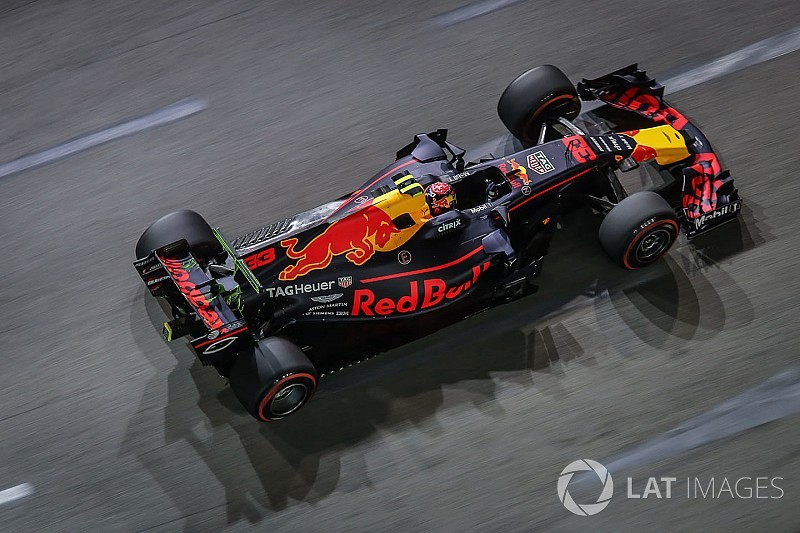 Singapore, Libere 3: Verstappen davanti, ma c'è il risveglio della Ferrari
