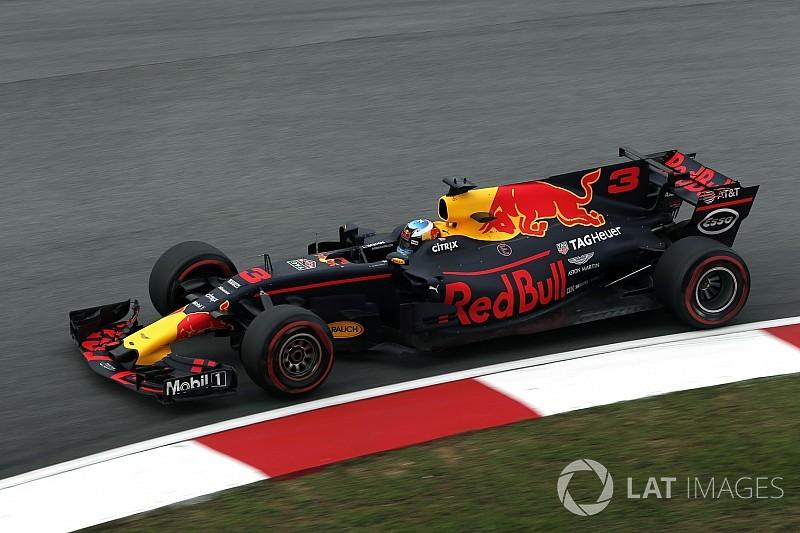 Ritmo de Vettel em Sepang surpreende Ricciardo