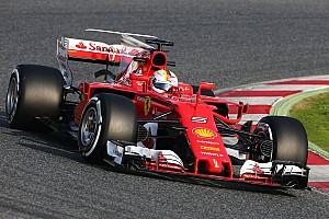 Vettel snelste bij aftrap eerste testweek in Barcelona
