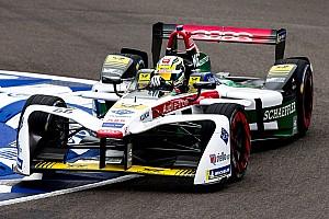 Formule E Testverslag Weinig rijtijd voor De Vries tijdens rookietest, Müller op kop