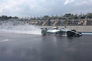 Bottas 130 kört tesztelt a Pirellinek