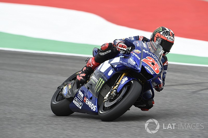 "Vinales: ""Lucky"" dashboard message key to front row"