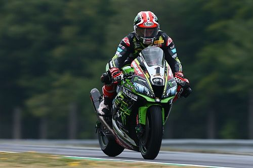Brno WSBK: Rea tops twice red-flagged Friday running