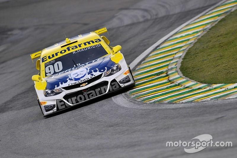 Maurício supera Serra por 0s006 e é pole em Interlagos