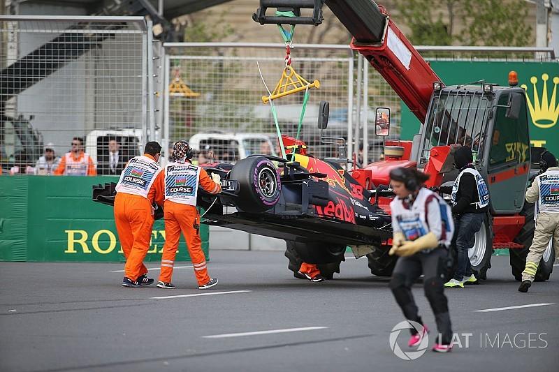 Verstappen en Ricciardo krijgen reprimande van stewards