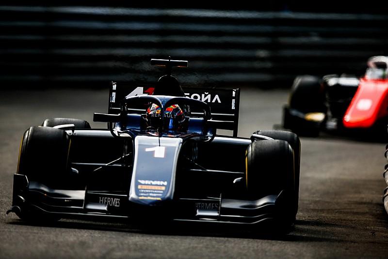 Маркелов совершил невероятный прорыв в гонке Формулы 2. Вторую гонку он начнет с поула