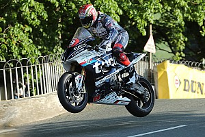 Road racing Breaking news Kneen's father gives Tyco team blessing to continue