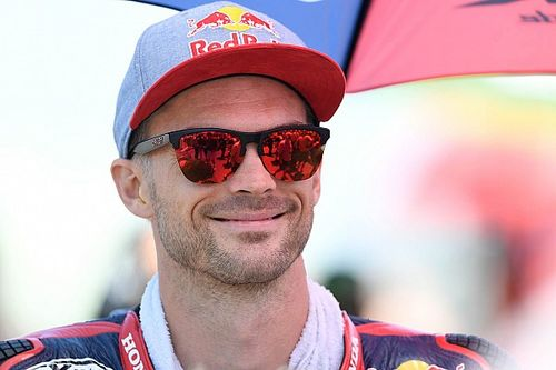 Camier pulls out of Suzuka 8h with neck injury
