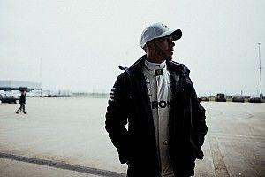 Lewis Hamilton: Werde mich nicht bei anderen Teams umsehen