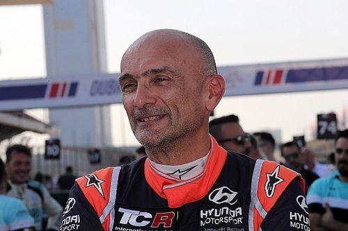 Тарквини выиграл первую в истории гонку WTCR