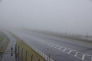 オートポリス2&4レース決勝日、視界不良でセッション開始に遅れ