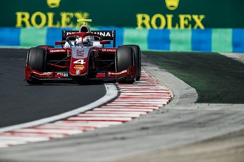 Spa F2: De Vries takes dominant maiden pole