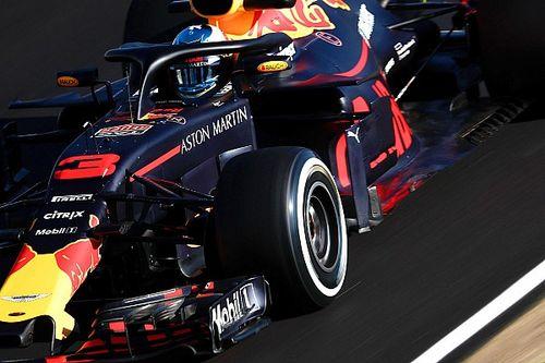 A délelőtt végén Ricciardo rekordot döntött, a McLaren egyre nagyobb bajban