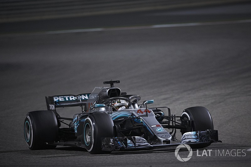 "Hamilton urges better communication after Bahrain ""no man's land"""