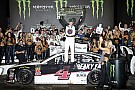 NASCAR Sprint Cup Harvick vence a Daniel Suárez y le gana un millón de dólares