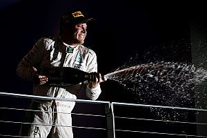 Singapore performance Rosberg's best ever, says Wolff