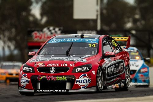 Winton V8s: Slade doubles up on Sunday