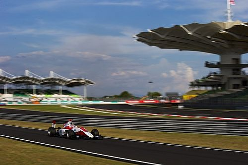Sepang GP3: Albon grabs Race 1 victory as De Vries hits Leclerc
