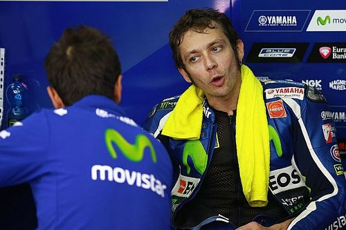 "Rossi was ""risking too much"" in Sepang victory battle"