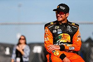 Martin Truex Jr. earns first Sprint Cup pole in four years