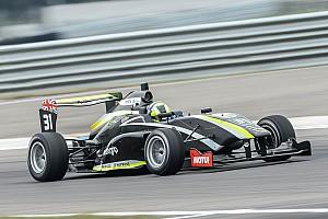 Другие Формулы Отчет о гонке Дарувала и Норрис победили в Таупо
