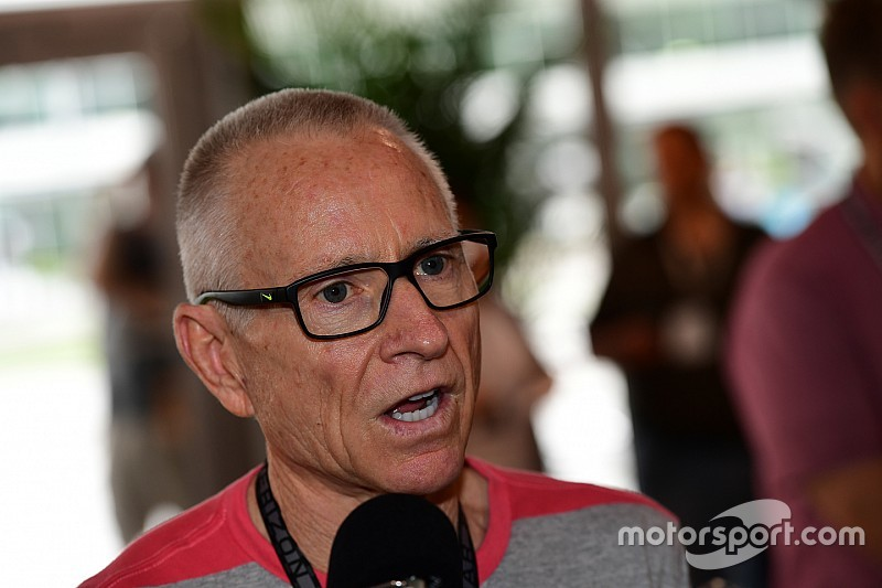 """Mark Martin said """"hell yeah"""" when asked to drive Coke 600 pace car"""