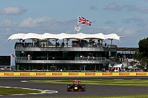 Silverstone opens talks with government over British GP future