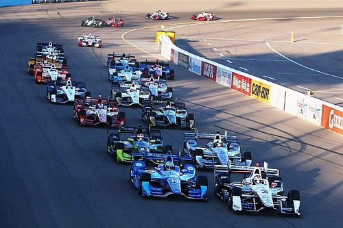 Dixon wins at Phoenix to tie Al Unser for fourth on all-time list