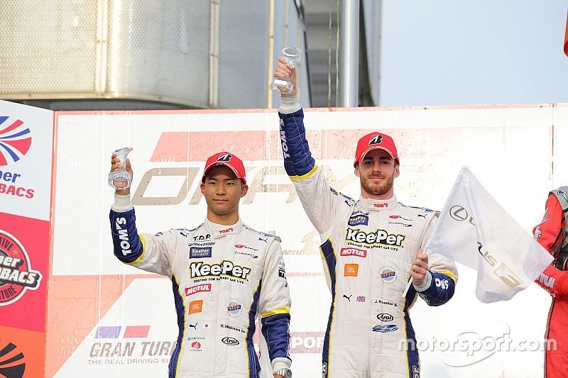 LEXUS RC Fは6台全車が入賞:スーパーGT開幕戦岡山