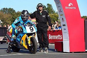 Classic TT: sfortunato ritiro per Dunlop, Johnson trionfa in SBK