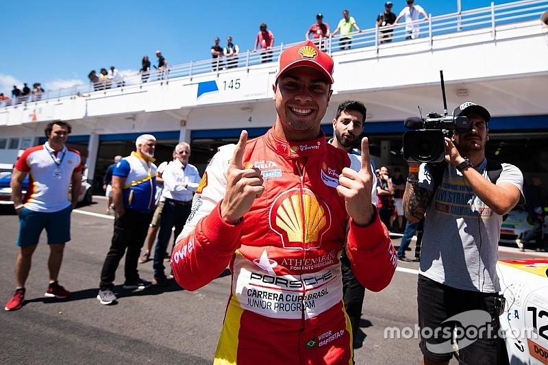 Vitor Baptista brilha para vencer na corrida 1 da Porsche 4.0 em Estoril