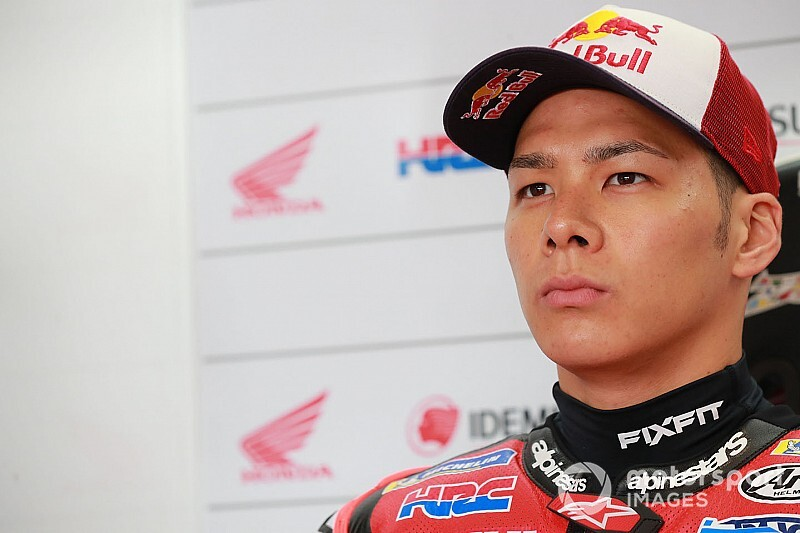 Nakagami undergoes successful shoulder surgery