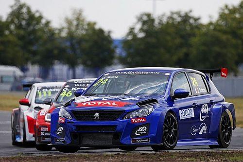 TCR Europe: Briché vince Gara 1 a Barcellona e riapre i giochi