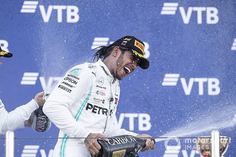 "Hamilton ünneplése: ""Sosem adjuk fel!"" (videó)"