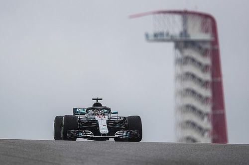 Hamilton ignora chuva e lidera segundo treino livre em Austin