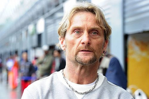 Carl Fogarty: MotoGP Minim Pembalap Berkarakter