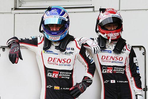 Alonso egy hajszállal maradt le a rajtelsőségről Fujiban: Toyota első sor