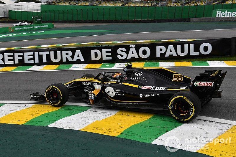 """Sainz dice que Renault """"volvió a la realidad"""" en Brasil"""