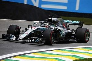 GP Brasil: Hamilton taklukkan Vettel untuk rebut pole