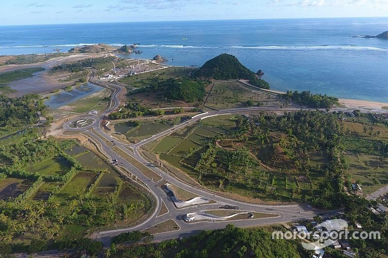 Ezpeleta ha visitato a Lombok la sede del possibile GP d'Indonesia di MotoGP