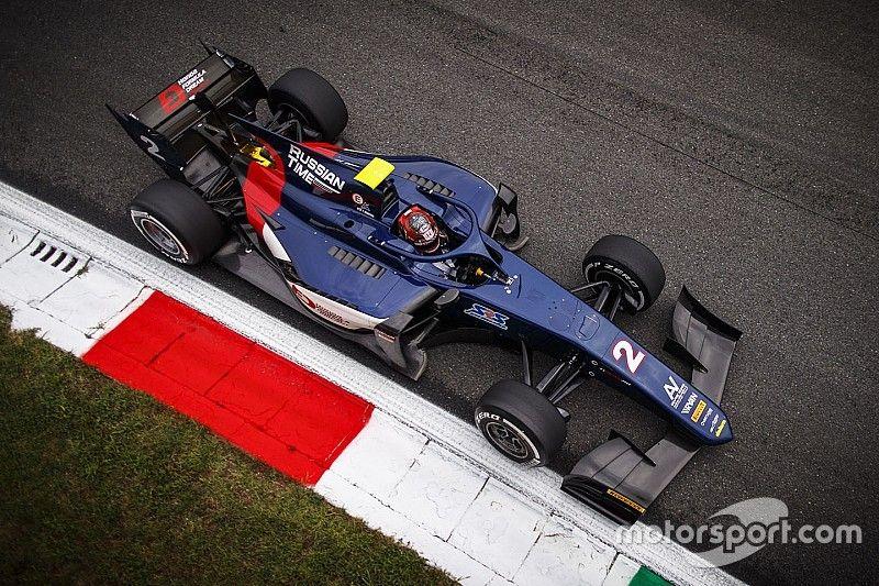 FIA F2 Monza: Makino pakt eerste zege, De Vries P10 na inhaalrace