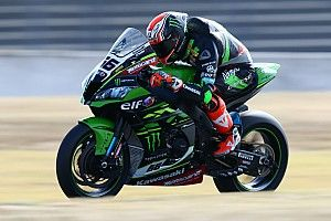 Magny-Cours WSBK: Sykes denies Rea pole with lap record